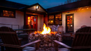 Quaint Tavern + Cozy Fire Pit = Valentine's Day at The Hollywood Tavern